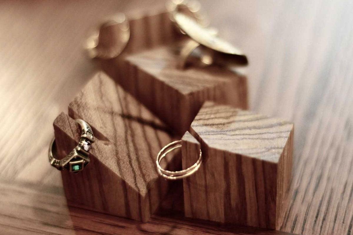 وسایل تزیینی چوبی کوچک