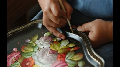 how to paint on wooden things