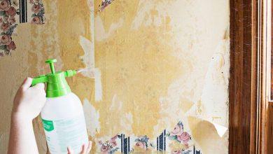پاک کردن چسب کاغذ دیواری